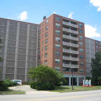Photo of Fountain Place Apartments in Lansing