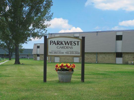 Parkwest Gardens Apartments Photo 1