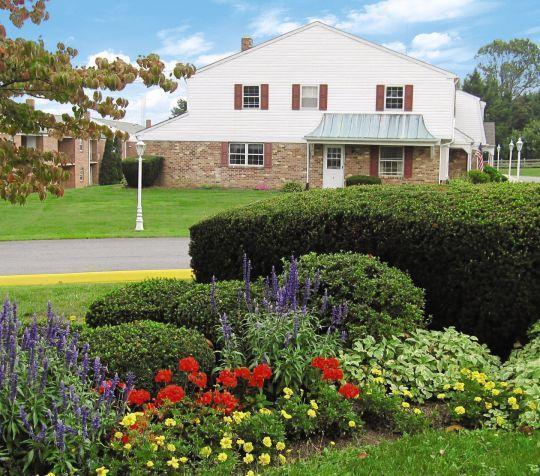 Apartments For Rent Lancaster Pa: Cedar Acres East Apartments, Lancaster PA