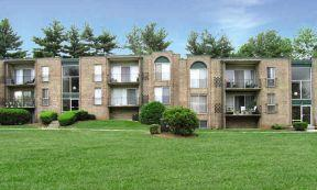 Reisterstown Square Apartments photo #1