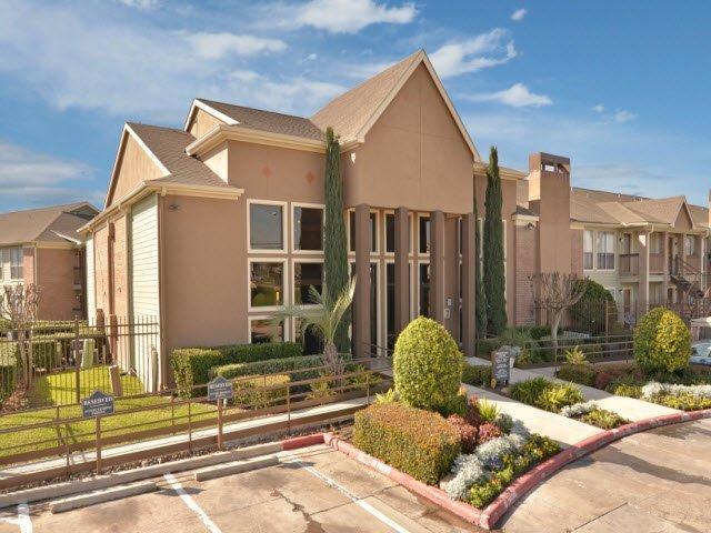 Pavilion Place Apartments Houston Tx