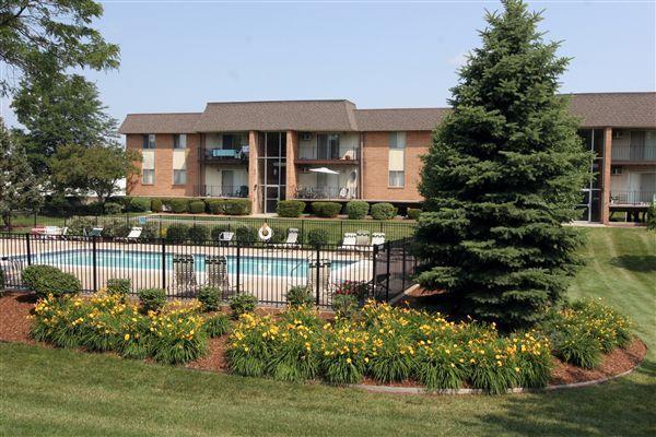 Riverland Woods Apartments photo #1