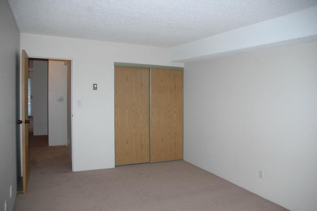 7121 133B Street Apartments