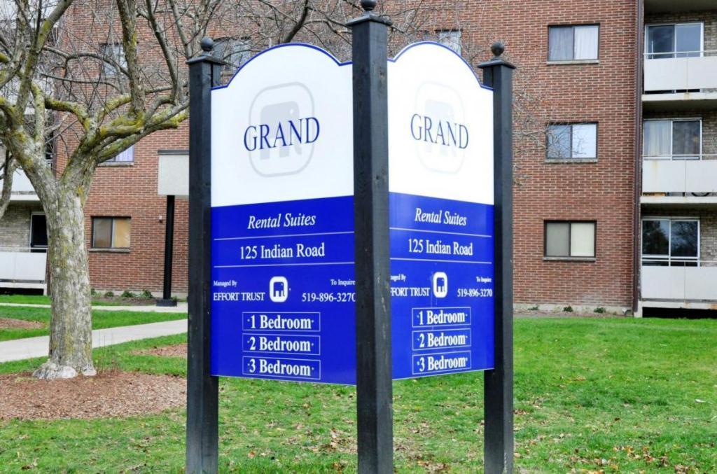 Grand Apartments photo #1