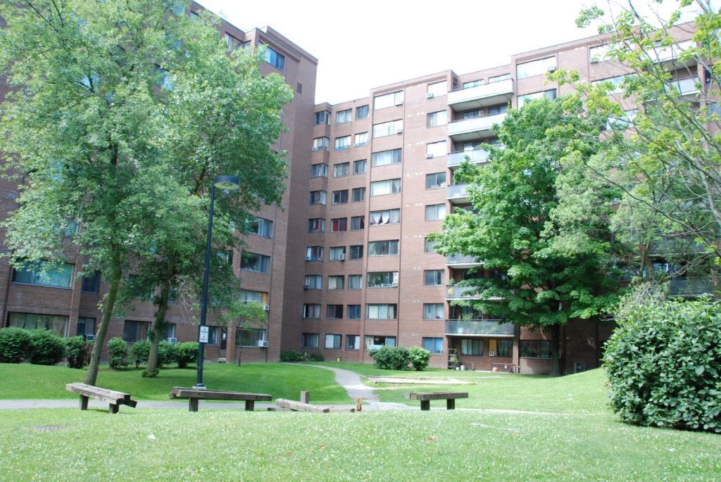 65 99 Silver Springs Blvd Apartments Toronto On Walk Score