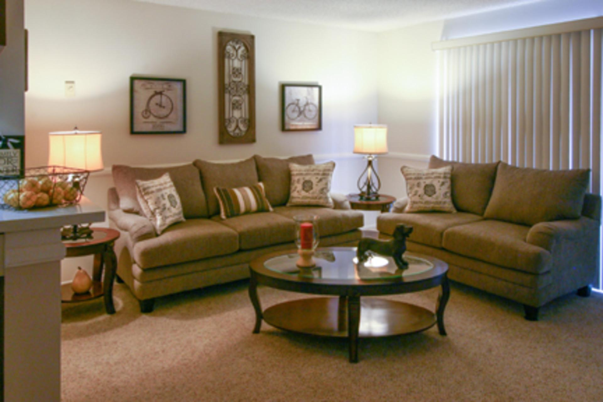 Parkwood Gardens - One BR photo #1