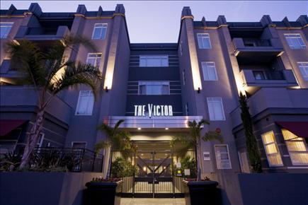 Victor on Venice Apartments photo #1