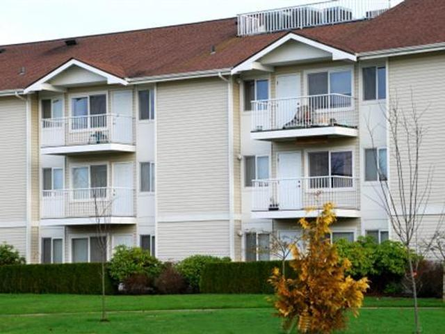 Hamilton Place - Luxury apartments for mature adults ages 55 and over in Bellingham, WA photo #1