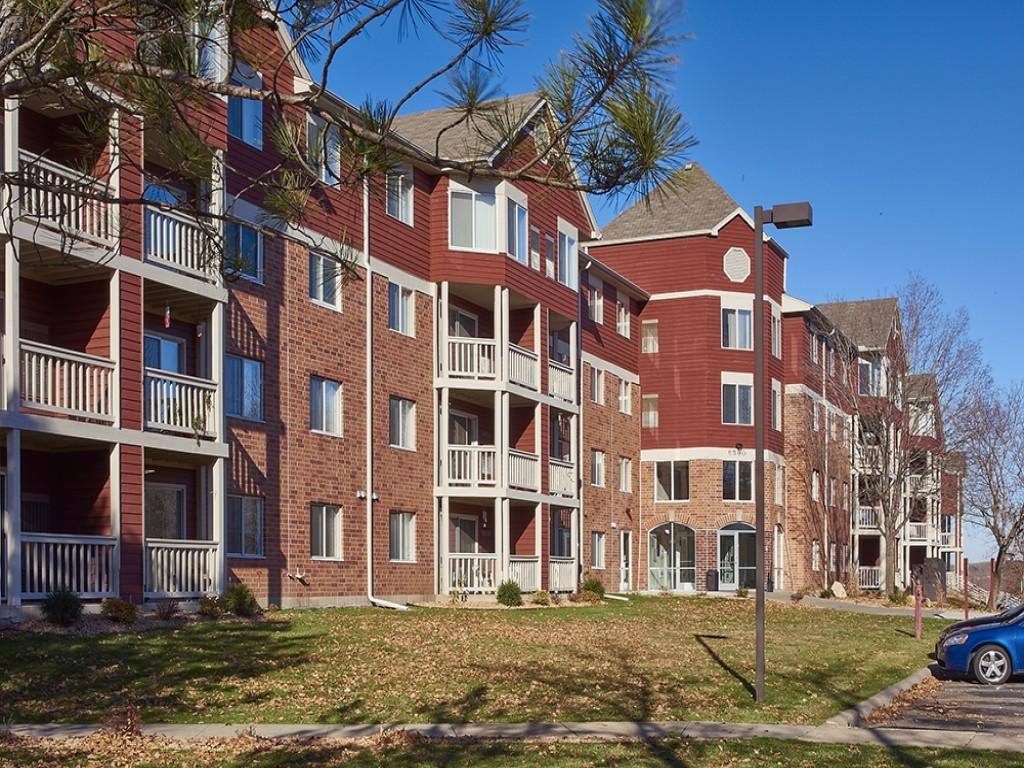 Fountain Place Apartments photo #1