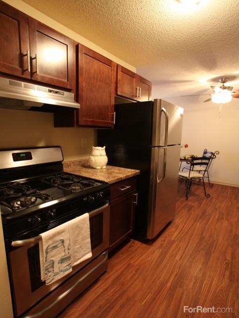 Cedar Valley Apartments photo #1