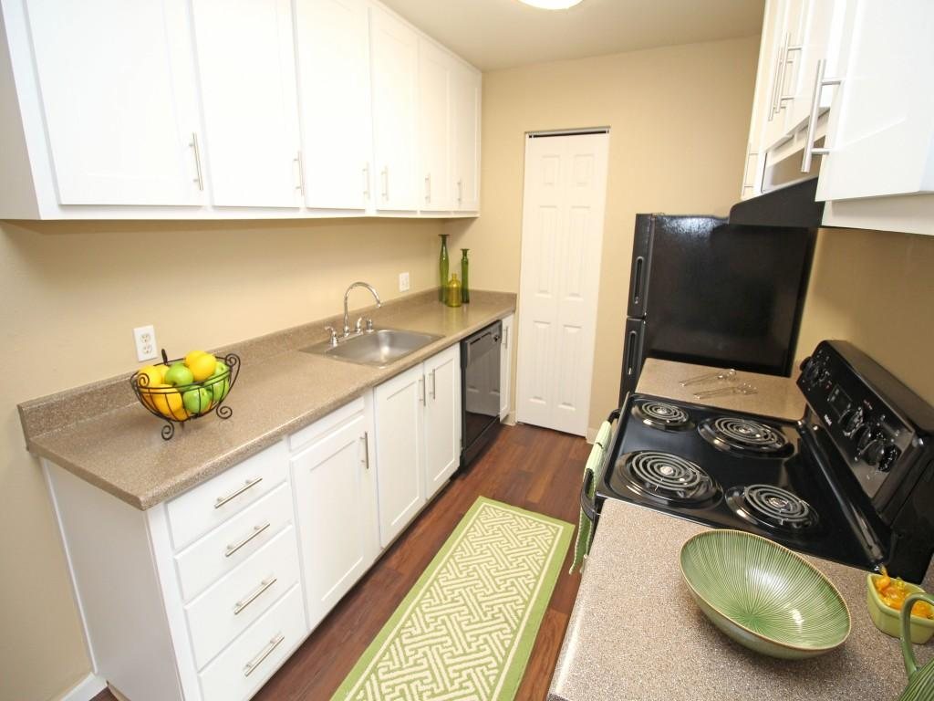 Enclave at Tiber Station Apartments photo #1