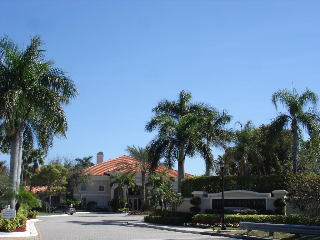 Pembroke Place Apartments Fl
