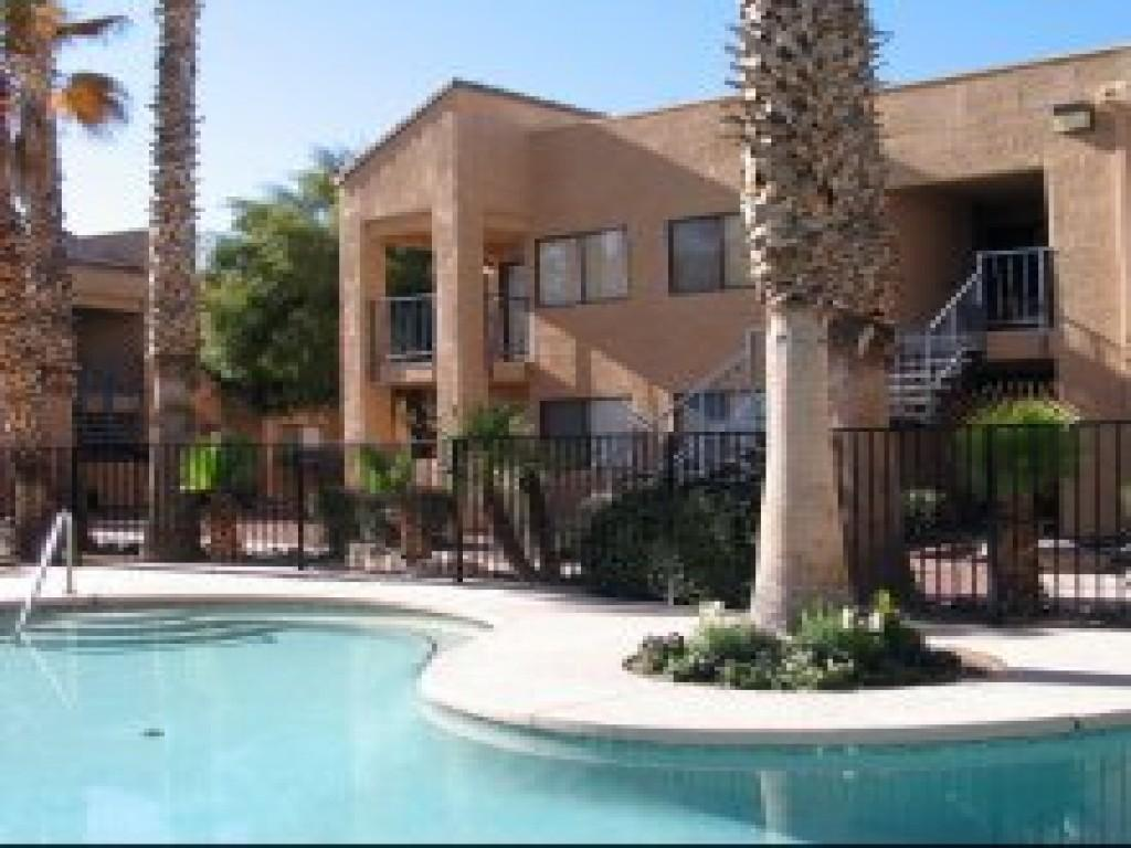 Rio Seco Apartments photo #1
