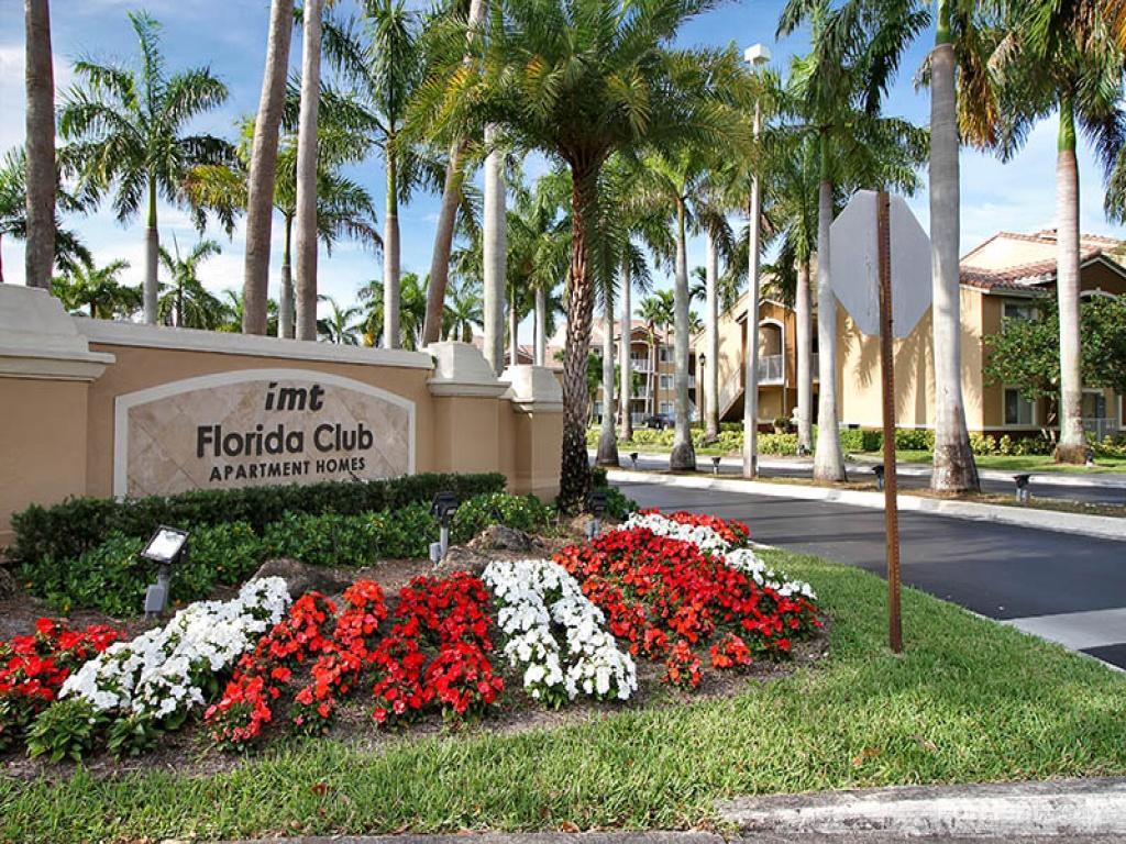 IMT Florida Club Apartments photo #1