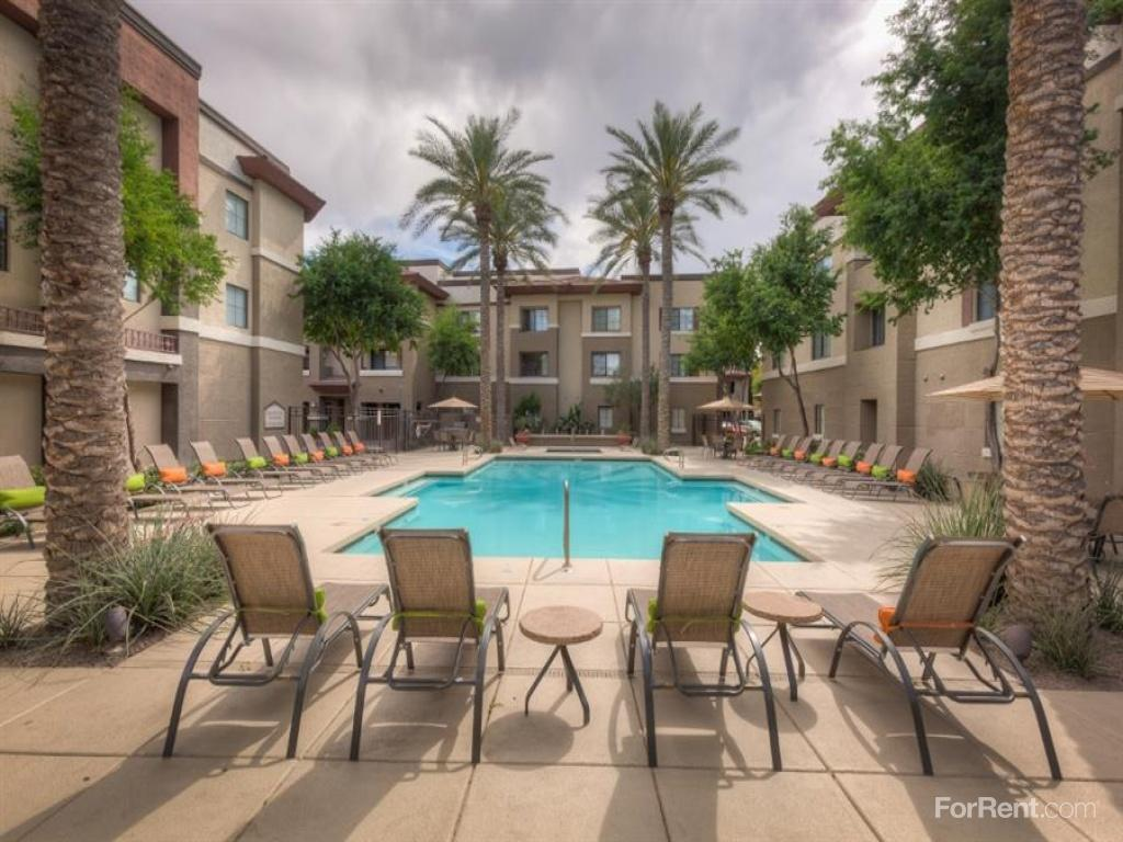 Scottsdale Place Apartments