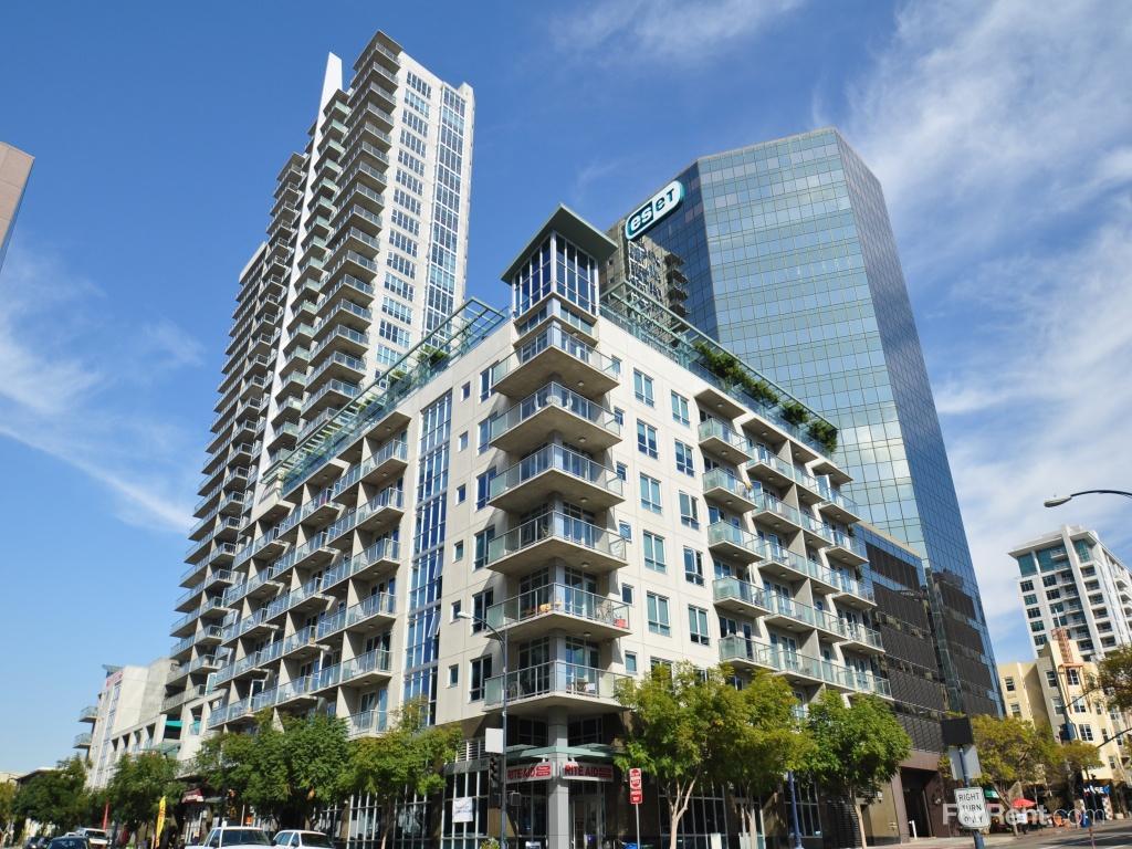 Allegro Towers Apartments photo #1