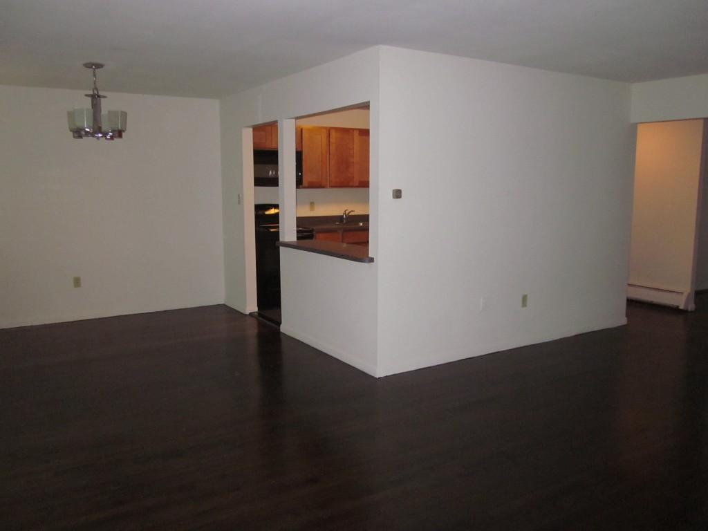 Carlton Apartments, Ewing NJ - Walk Score