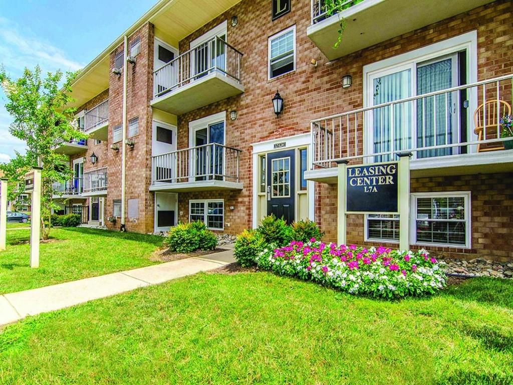 Stonehill Apartments Brookhaven Pa
