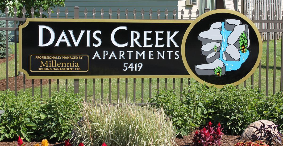 DAVIS CREEK Apartments & Flats photo #1