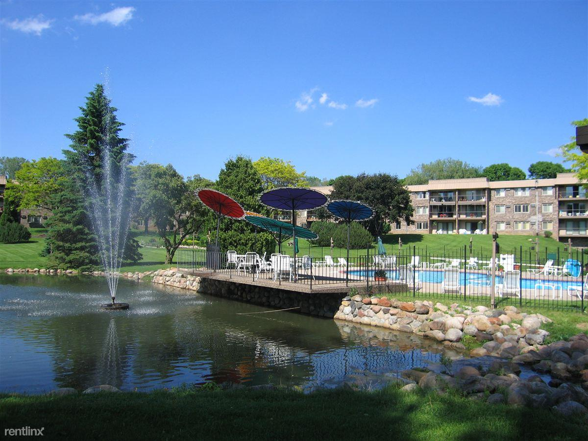 Edina Highland Villa Apartments photo #1