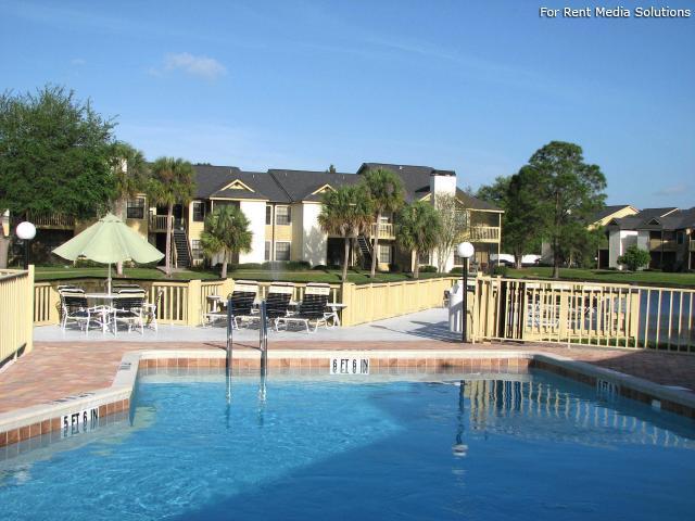 Carrollwood Palms Apartments photo #1