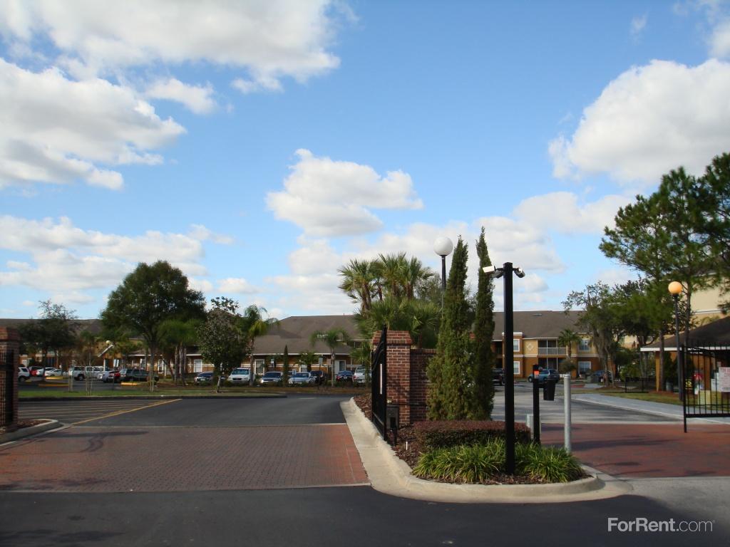 Compton Place at Tampa Palms Apartments, Tampa FL - Walk Score