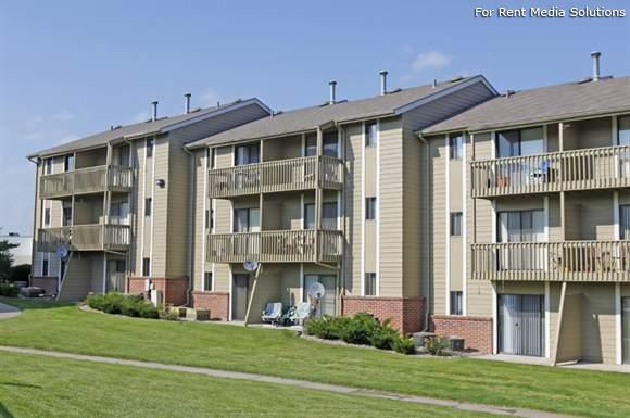 Willow Park by Broadmoor Apartments photo #1