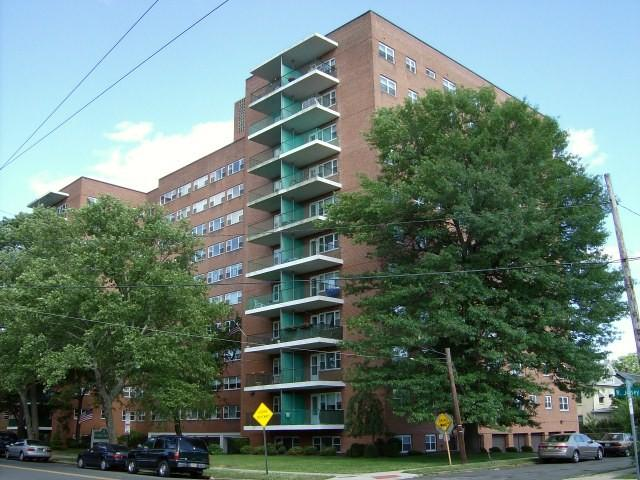 Hayes House Apartments photo #1