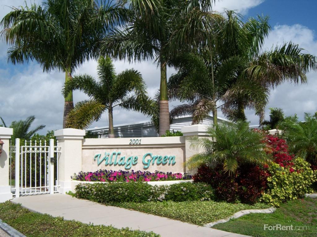 Village green of st petersburg apartments st petersburg - 3 bedroom apartments st petersburg fl ...