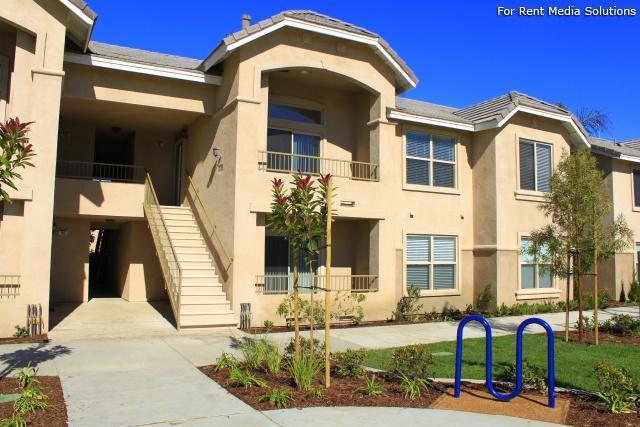 1881 Santa Fe Palms, LLC 1881 S Santa Fe Ave, Apartments photo #1