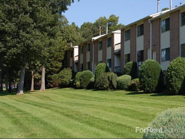 Oakwood Village Apartments Flanders Nj