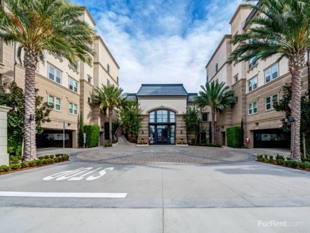 The Carlyle At Colton Plaza Apartments Irvine Ca Walk Score