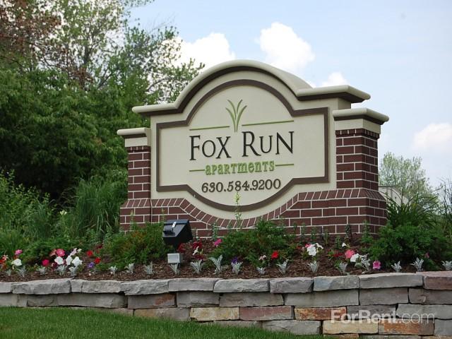 Fox Run Apartments, St. Charles IL - Walk Score
