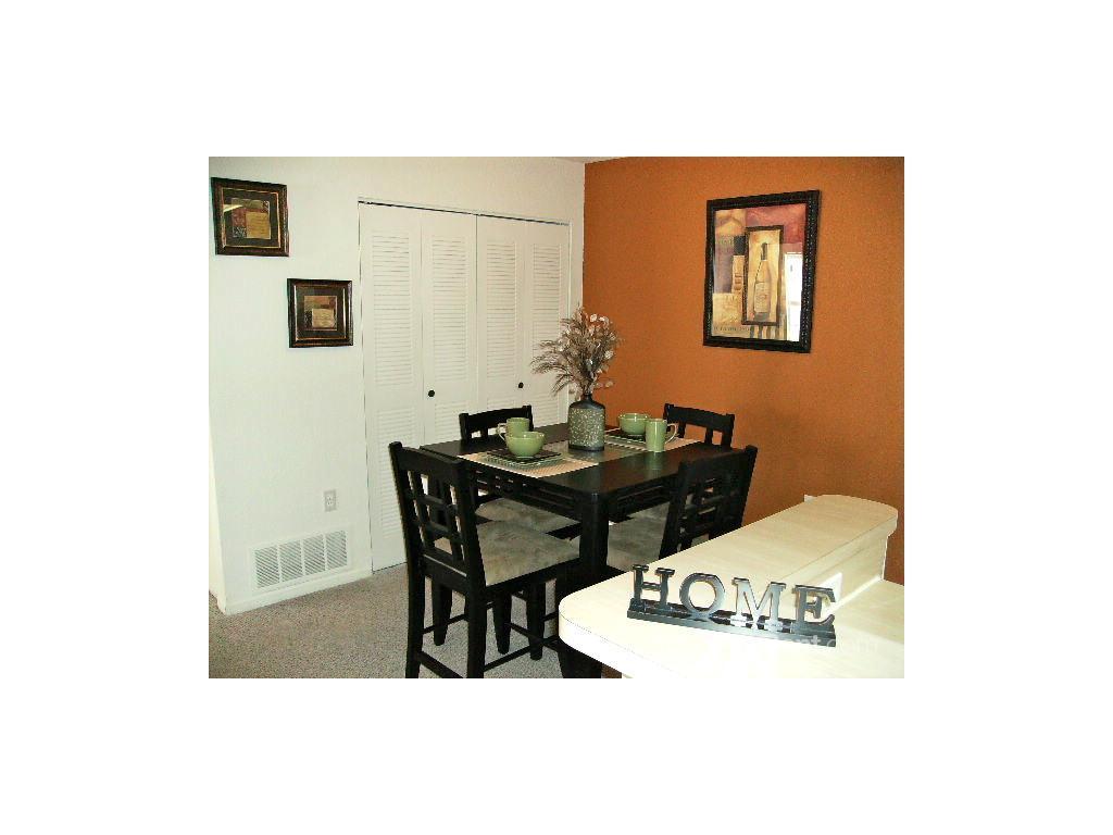 3 Bedroom Apartments In Southfield Mi Pebble Creek Apartments Southfield Mi Walk Score