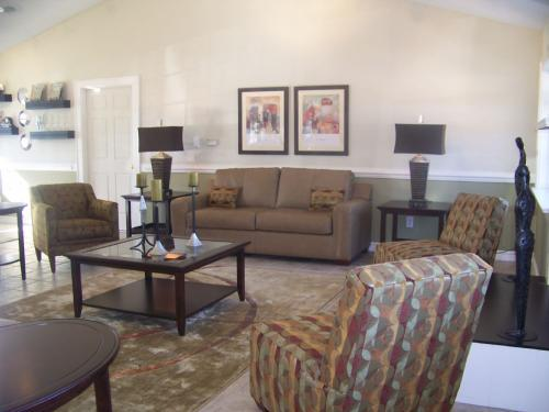 The Cedars at Greenbrier Apartments photo #1
