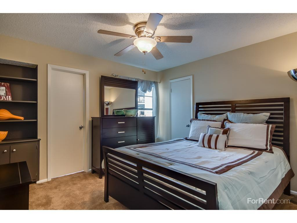 somerset apartments san antonio tx walk score. Black Bedroom Furniture Sets. Home Design Ideas