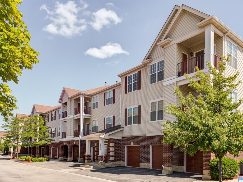 Railway Plaza Apartments Naperville Il Walk Score