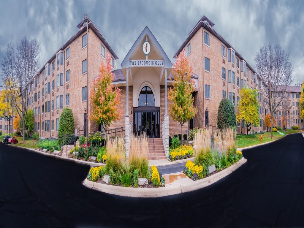 1101 Iroquois Ave Apartments photo #1