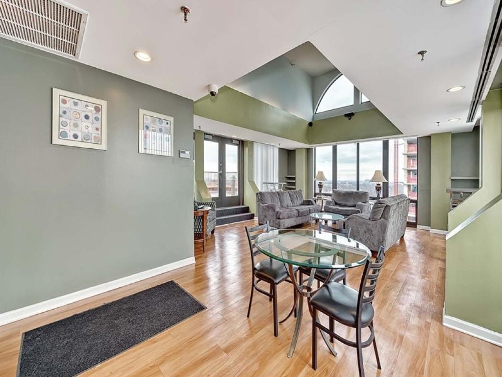 Average 2 Bedroom Apartment Rent 100 Forest Place Apartments Oak Park Il Walk Score