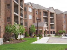 Links at Lakepointe Apartments photo #1