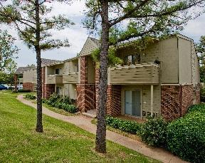 Studio apartment 11777 North Meridian Apartments photo #1
