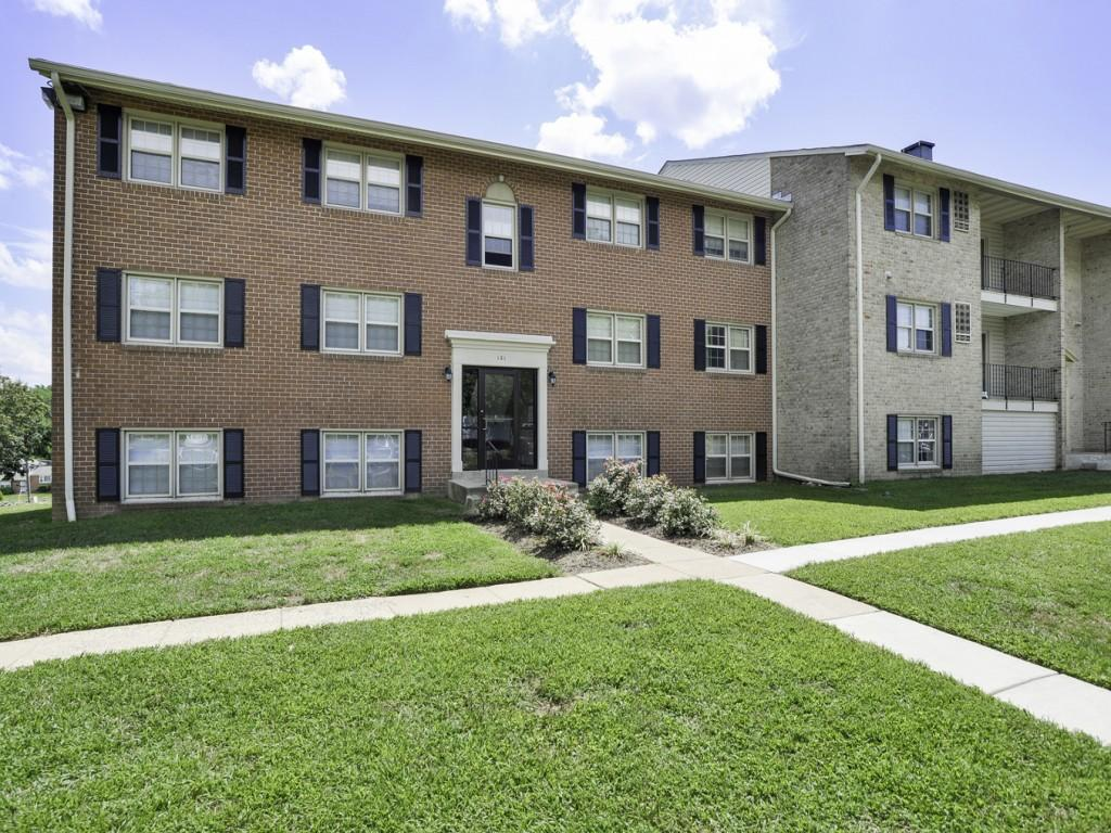 The Village of Chartleytowne Apartments photo #1