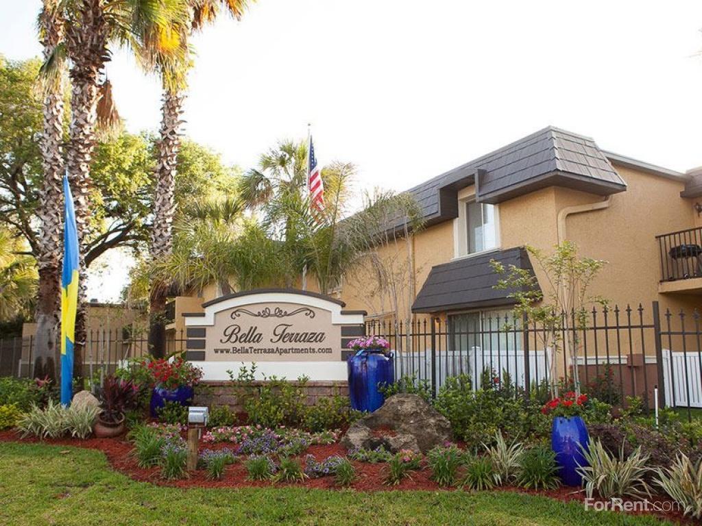 Bella Terraza 355 Monument Road Apartments Jacksonville