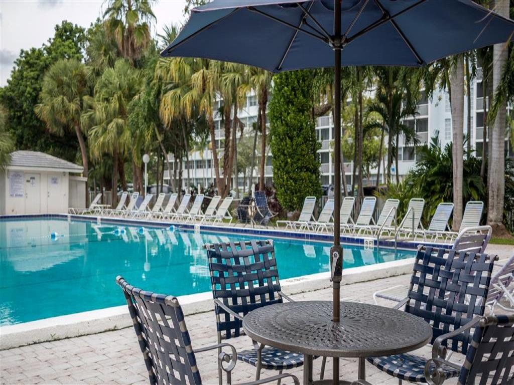 The Ellington Apartments Miami Gardens Fl Walk Score
