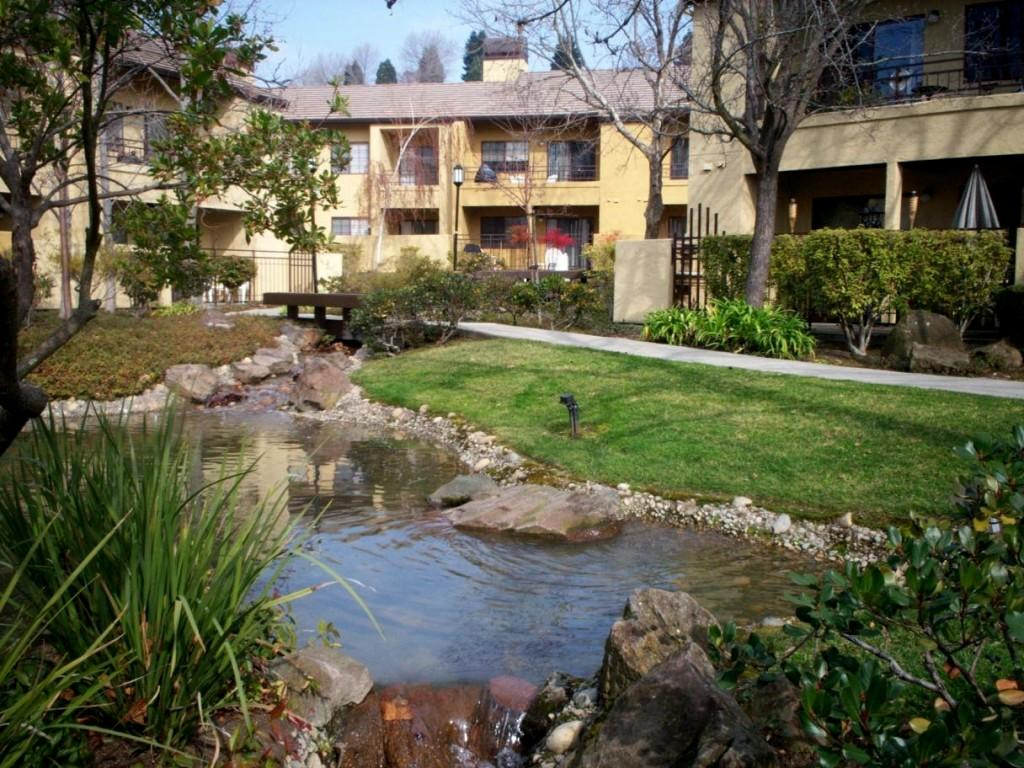 Canyon Woods Apartments photo #1