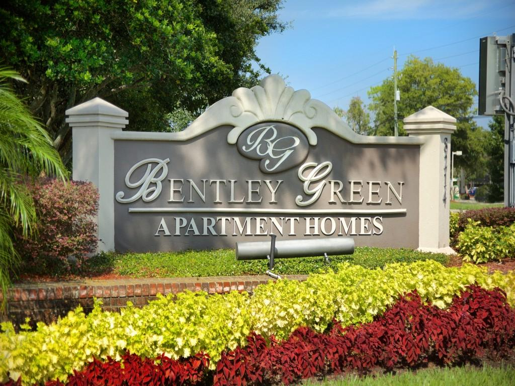 Bentley Green Apartments photo #1
