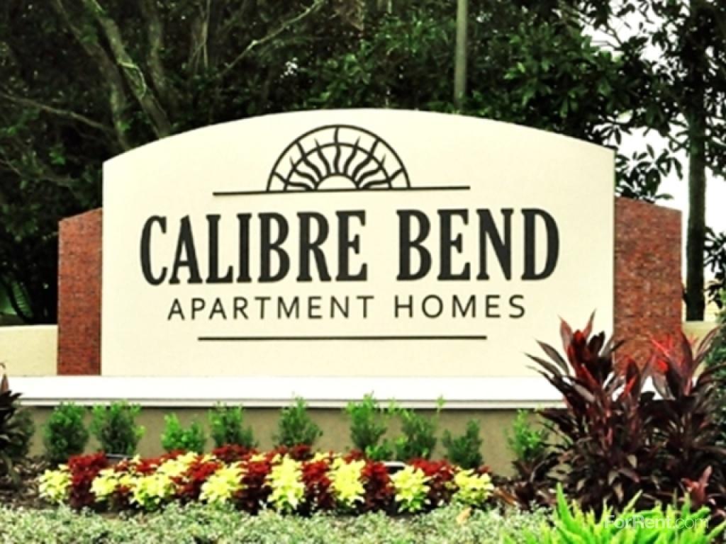 Calibre Bend Apartments photo #1