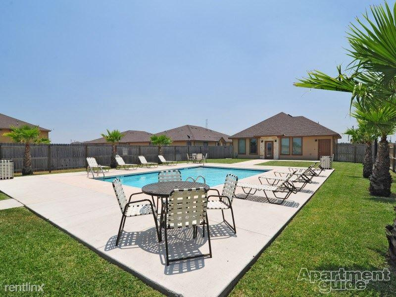 Awesome Stone Oak Townhomes Apartments Photo #1
