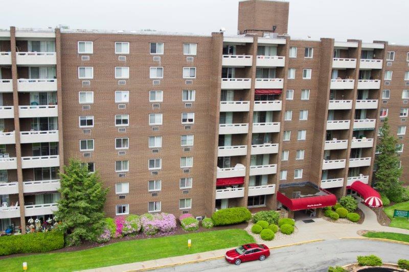 Walnut Crossings Apartments photo #1
