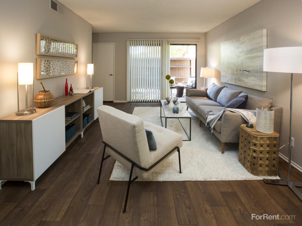 Metro 3610 Apartments photo #1